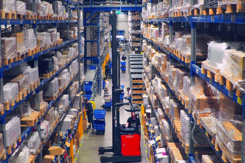 Eine Auslieferungsquote von über 98% aller bestellten Positionen dokumentiert die hohe Lieferbereitschaft von Gieseke